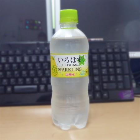 いろはすスパークリング レモン01