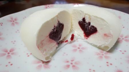 雪見だいふく とろ?り木苺とチーズケーキ